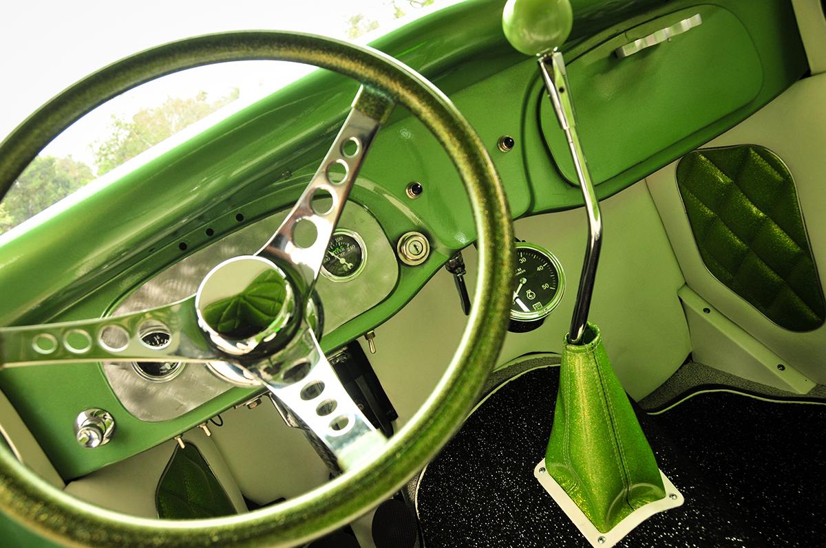 Nailhead Ford